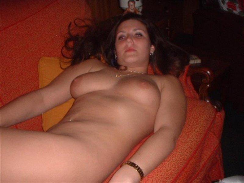 Любительская подборка голеньких девушек в частной обстановке ххх фото