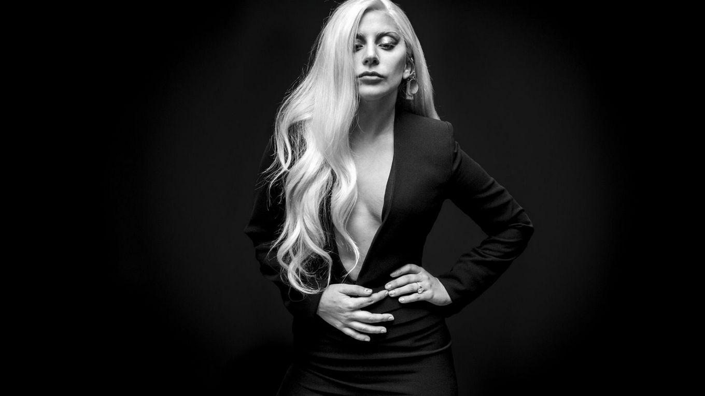 Наша любимая обнаженная Фрау Гага